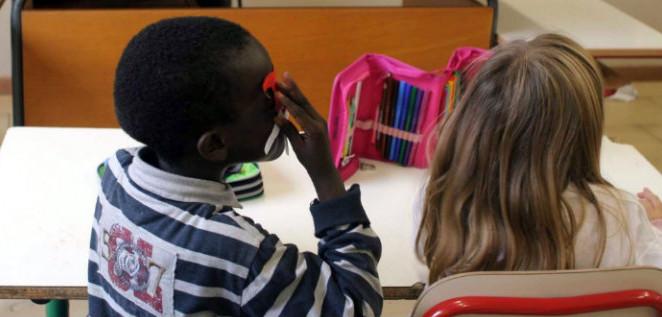 Integrazione scolastica degli alunni immigrati e sostegno all'educazione interculturale