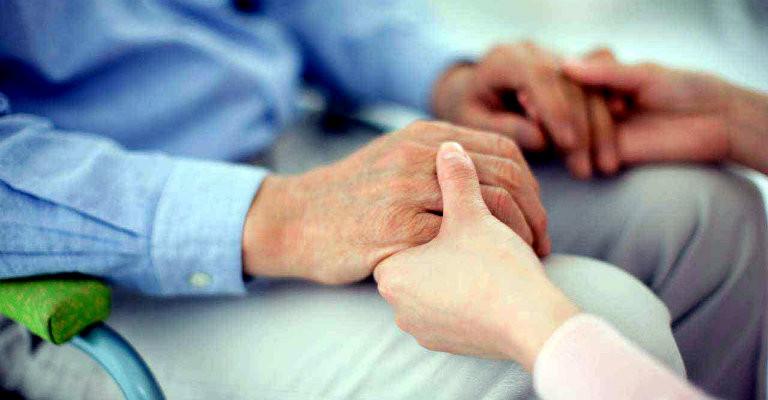 La proposta di legge per la deducibilità e detraibilità delle spese per gli addetti all'assistenza personale e familiare