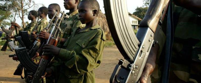 Stop al dramma dei bambini soldato: tutti i paesi applichino la risoluzione dell'Onu