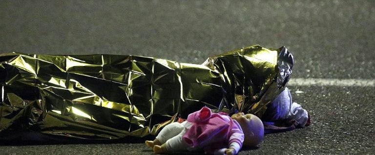Strage di Nizza: bambini nel mirino, aumenta la crudeltà del terrorismo