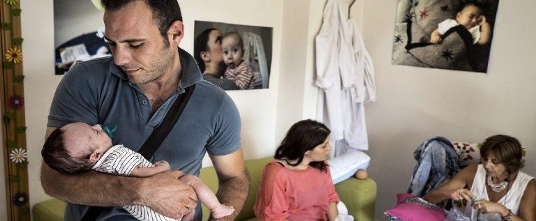 Occorre sostenere i genitori per contrastare mortalità infantile e povertà minorile
