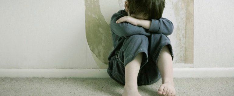Serve un'attenzione medica specifica per gli abusi sui minori