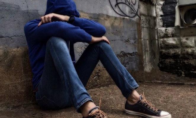 Per frenare il bullismo e contrastare i bulli occorre sostenere la consapevolezza dei giovani