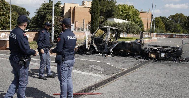 La tragedia delle tre sorelle rom morte a Roma impone uno sforzo maggiore per l'integrazione