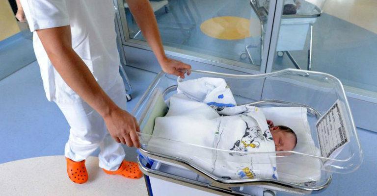 Il crollo della natalità certificato dall'Istat è allarmante, è necessario sostenere la genitorialità