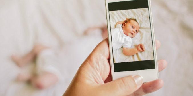 """Su Huffington Post: """"Perché non pubblicare le foto dei nostri figli sui social"""""""