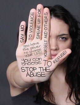 Violenza donne, vero contrasto richiede impegno, non propaganda