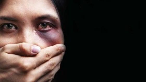 Giornata contro la violenza sulle donne, la discriminazione continua