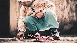 L'etica dello sguardo: la sfida politica delle nuove povertà minorili ai tempi del Coronavirus
