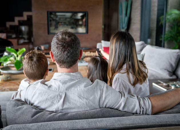 Genitori e figli nel lockdown, ritrovarsi con un film